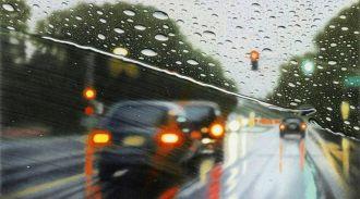 Как вести автомобиль во время дождя